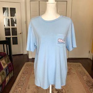 Vineyard Vines  Unisex cotton t-shirt in baby blue